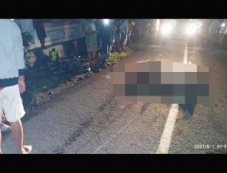 Kecelakaan Maut 'Motor Vs Tronton' Empat Remaja Meninggal Dunia