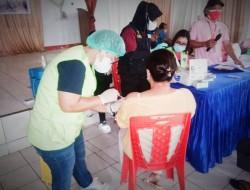 Jajaran Polres Bitung Gelar Vaksinasi Massal Maknai Hari Bhayangkara ke-75
