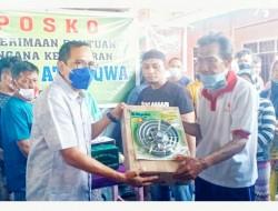 Bersama Pengurus BSM Kota Bitung Ramlan Ifran Salurkan Bantuan Bagi Warga Terdampak Bencana Kebakaran Pasar Tua